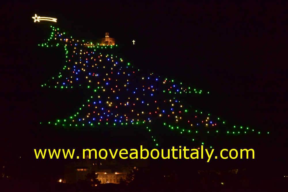 Albero Di Natale Gubbio.Natale In Umbria 2017 2018 L Albero Di Natale Di Gubbio